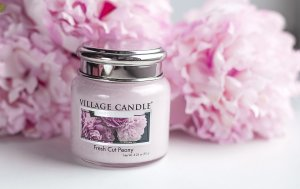 Fresh Peony Scented candle 92 g
